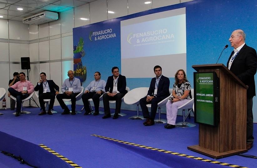 Fenasucro: Frente Parlamentar do Setor Sucroenergético mostra ações