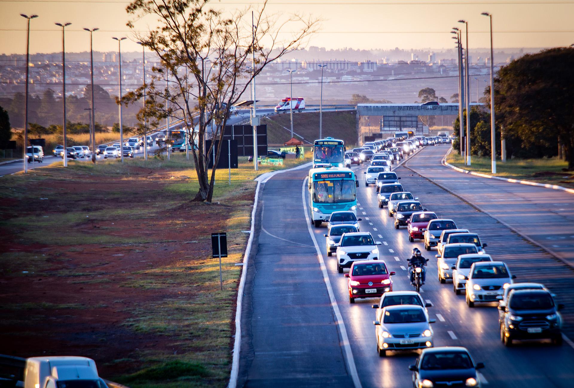 Consumo de combustíveis registra queda no acumulado do ano